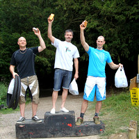 AH423_sep_5_podiums 617-08-37